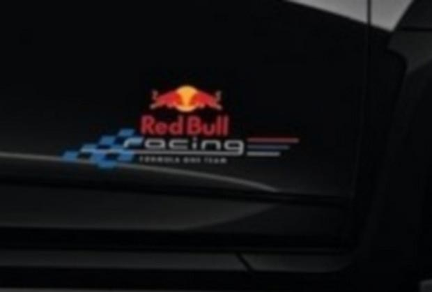 renault-megane-rs-red-bull-racing-rb7-2012-06